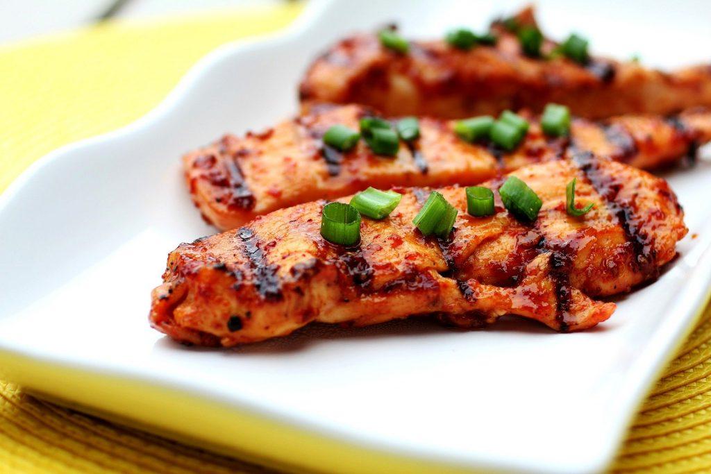 les-aliments-indispensables-pour-les-sportifs-poulet